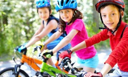 Port du casque obligatoire pour les enfants à vélo