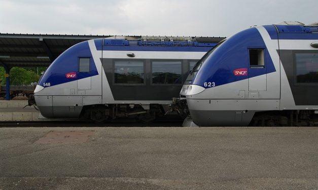 Pétition pour une augmentation du trafic TER sur la ligne LGV Rennes – Laval – Le Mans.