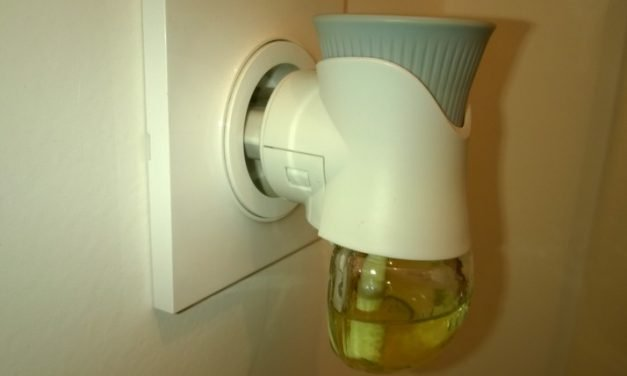 Diffuseurs électriques de parfums d'ambiance, désodorisants et produits anti-moustiques, soyez vigilants