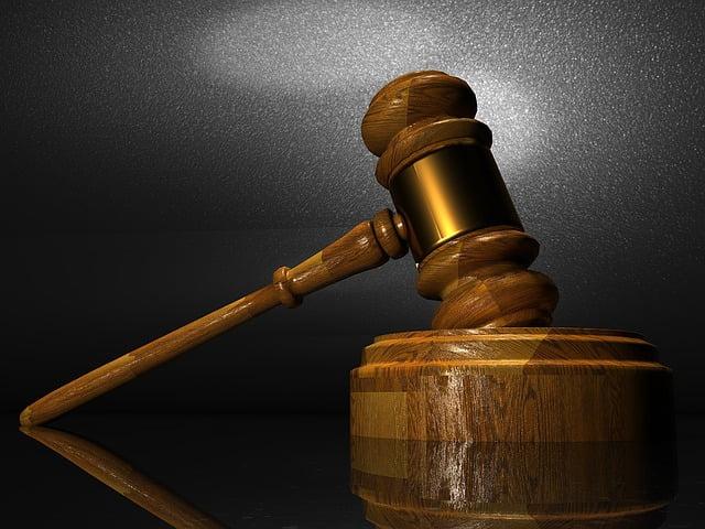 Juge administratif : on peut maintenir le saisir en ligne !