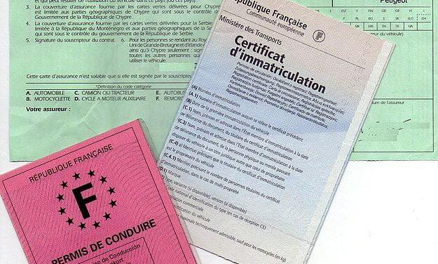 Certificats d'immatriculation, passeport, carte d'identité au bout du clic