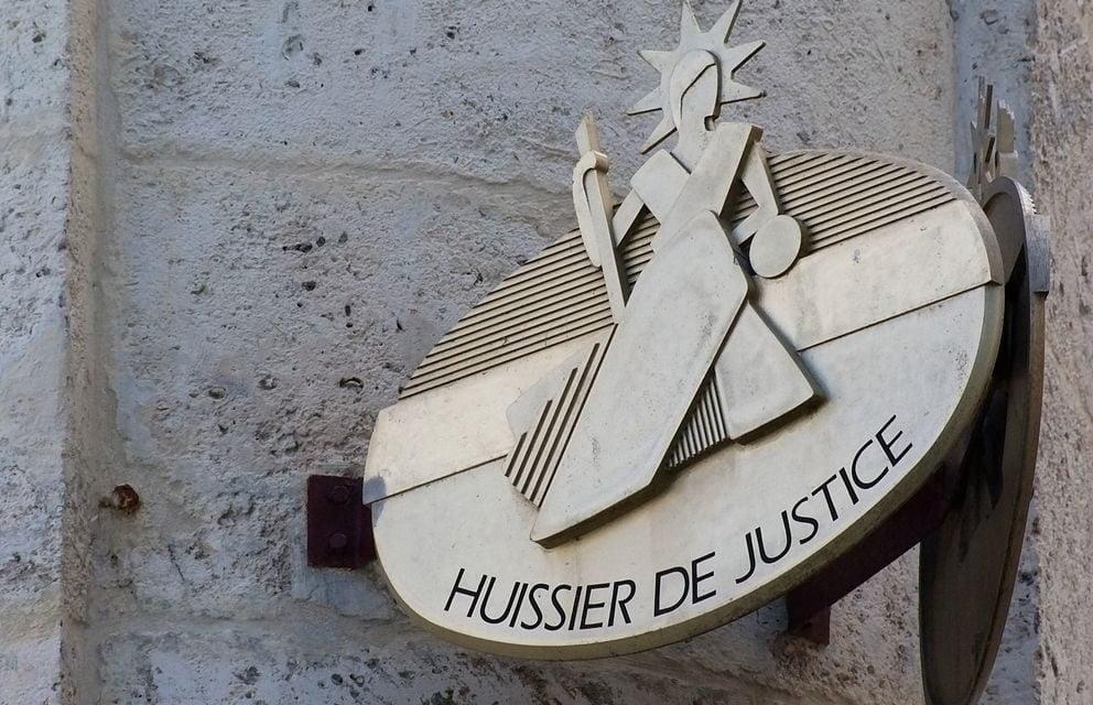 Huissier de justice : que faire en cas de visite ?