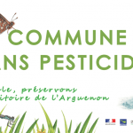 """Deux panneaux d'entrée de commune """"Commune sans pesticides"""""""