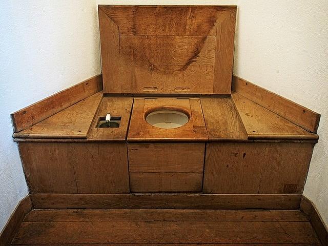 Toilettes-seches
