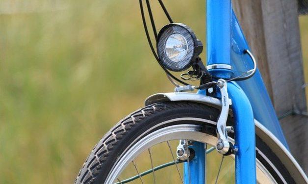 Cyclistes, roulez bien éclairés !
