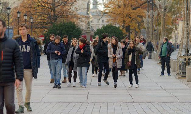 Piétons : un baromètre des villes « marchables »